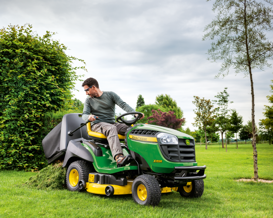 X155R Rear Discharge Lawnmower